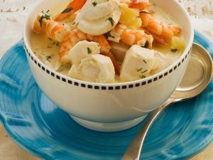 Cremige Fisch-Scampi-Suppe Rezept