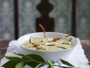 Cremige Kartoffelsuppe mit knusprigen Gemüsestreifen Rezept