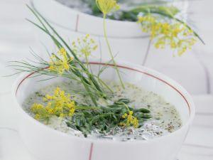Cremige Kräutersuppe Rezept