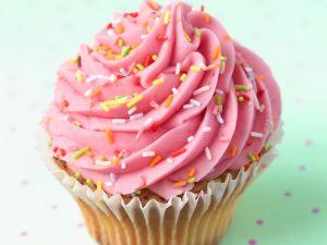 Cupcake mit rosa Creme Rezept