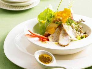 Curry-Hähnchen mit Blattsalat Rezept