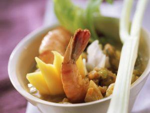 Curry mit Meeresfrüchten, Shrimps und Mango Rezept