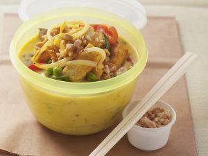 Curry thailändische Art mit Gemüse und Tofu Rezept