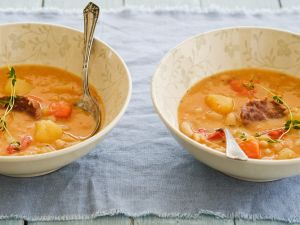 Deftige Kartoffel-Bohnensuppe Rezept