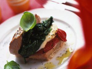 Dreifarbig gefülltes Italien-Schnitzel Rezept