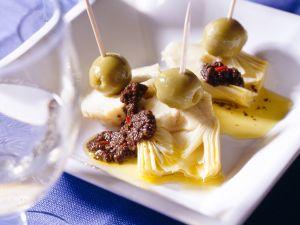 Eingelegte Artischocken mit Oliven und Olivenpaste Rezept