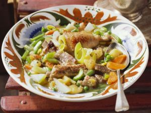 Sommergerichte Mit Schweinefleisch : Schweinefleisch gemüse eintopf rezept eat smarter