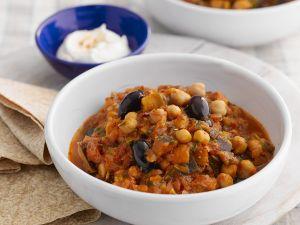 Eintopf mit Kichererbsen und Oliven Rezept