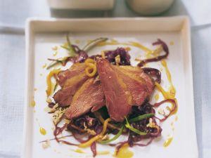 Entenbrust mit fruchtigem Rotkohlsalat Rezept