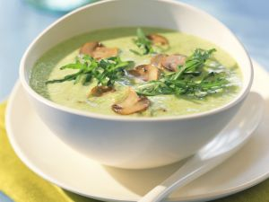 Erbsen-Champignon-Cremesuppe mit Rucola Rezept