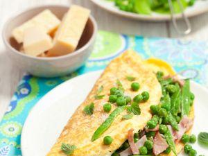 Erbsen-Schinken-Omelett mit Minze und Pecorino Rezept