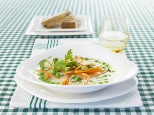 Erbsensuppe mit Karottenjulienne Rezept