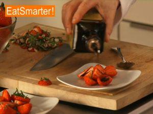 Erdbeeren raffiniert anrichten
