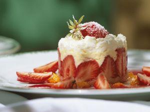 Erdbeertörtchen mit Vanillecreme Rezept