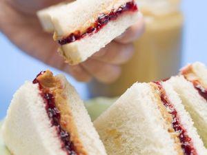 Erdnussbutter-Sandwiches Rezept