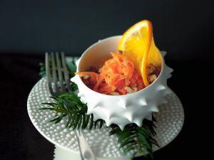 Erfrischender Möhren-Orangensalat Rezept