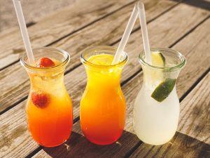 Erfrischungsgetränke: Durstlöscher oder Dickmacher?