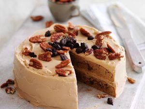 Espresso-Nuss-Kuchen mit Buttercreme Rezept