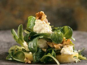Feldsalat mit Walnüssen und Feta Rezept