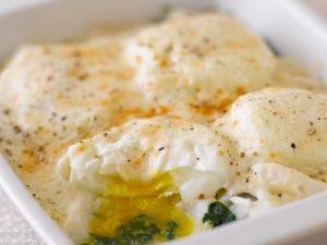 Fisch mit Spinat und Ei überbacken Rezept