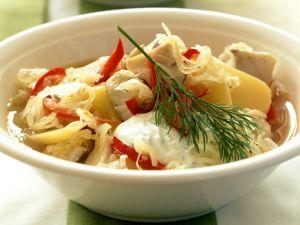 Fisch-Sauerkraut-Suppe Rezept