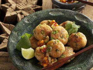 Fischbuletten auf thailändische Art Rezept