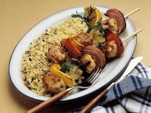 Fleisch-Gemüsespieße mit Reis Rezept