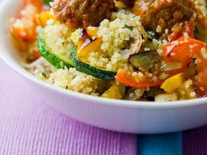 Fleischbällchen mit Bulgur und Gemüse Rezept