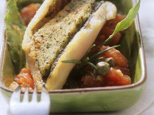 Forelle mit Kräuterkruste auf Tomaten Rezept