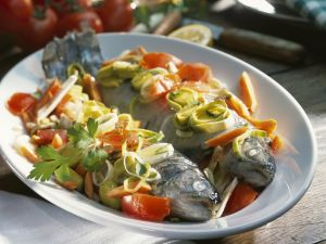 Forellen mit Lauch-Möhren-Gemüse Rezept