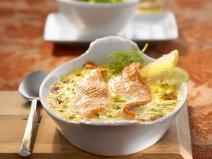 Forellenfilet in Sahnesoße gebacken Rezept