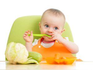 Vegan ernährtes Baby nur knapp dem Tod entkommen