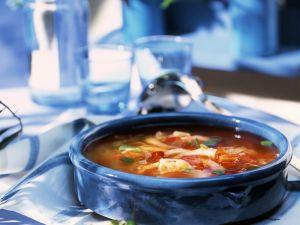 Französische Fischsuppe mit Knoblauchbrot Rezept