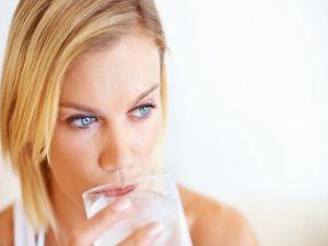 Frauen trinken weniger als Männer
