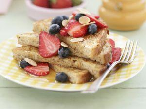 French Toast mit Sommerbeeren Rezept