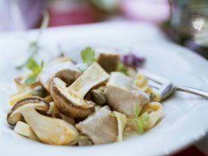 Frikassee vom Kalb mit Kapern und Steinpilzen Rezept