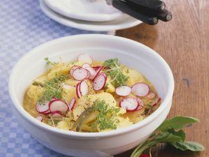 Frischer Kartoffelsalat mit Radieschen und Kresse Rezept
