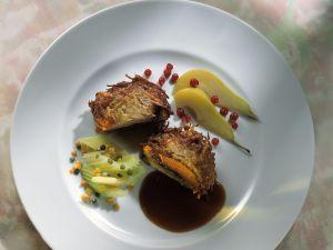Frischlingsmedaillon mit Kartoffelmantel, Sellerie und Linsen Rezept