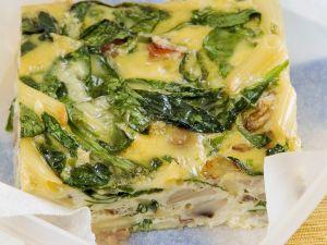 Frittata mit Speck, Pilzen und Spinat Rezept