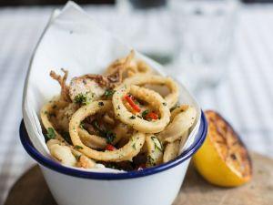 Frittierte Calamari Rezept