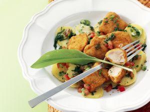 Frittierte Hühnchen-Nuggets mit Bärlauch-Kartoffelsalat Rezept