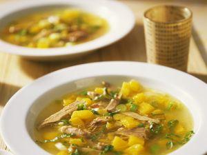 Fruchtige Enten-Suppe mit Curry Rezept