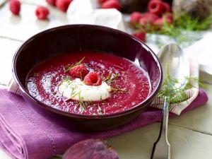 Fruchtige Rote-Bete-Suppe mit Himbeeren Rezept