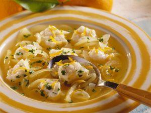 Fruchtige Seeteufel-Suppe Rezept