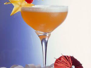 Fruchtiger Champagner-Cocktail Rezept