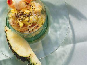Fruchtiger Reissalat mit Shrimps Rezept