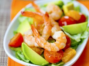 fruchtiger gurken avocado salat rezept eat smarter. Black Bedroom Furniture Sets. Home Design Ideas