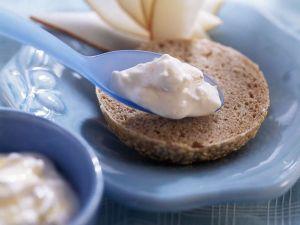 Fruchtquark mit Sanddorn als Brotaufstrich Rezept