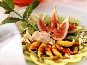 Früchte mit Dattel-Bananenmus Rezept