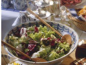 Frühlingshafter Salat Rezept